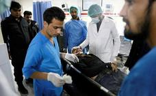 Los talibanes responden con un atentado al plan de paz del Gobierno afgano
