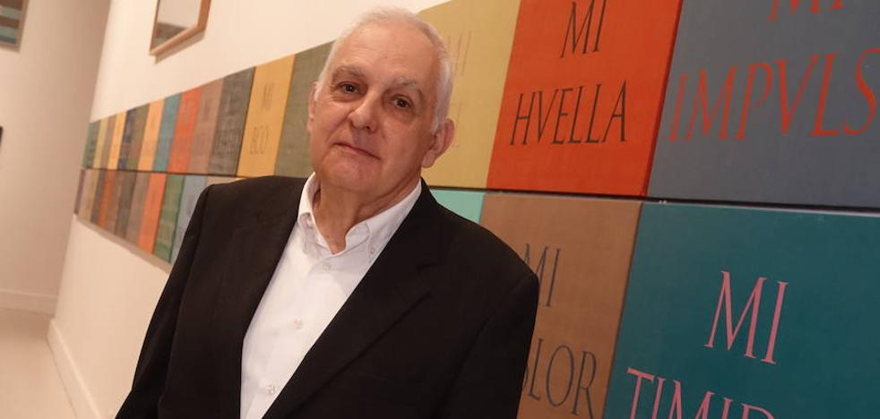 Báez escribe sus cuadros en el CAC Málaga