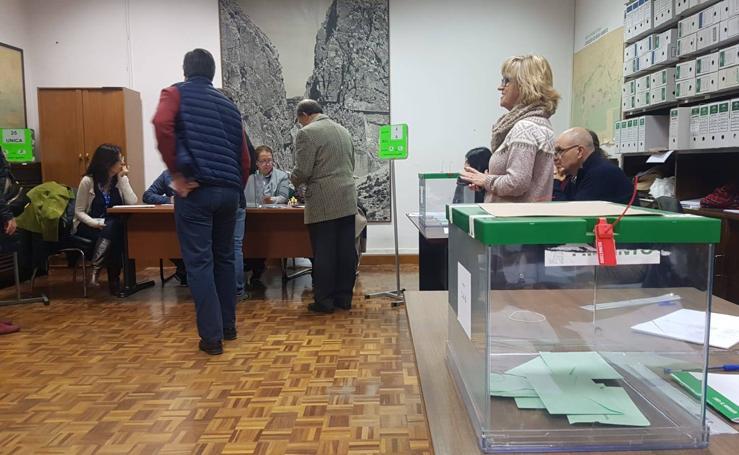 Elecciones Andaluzas | La jornada electoral, en imágenes