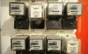 Los hogares se ahorrarían 329 millones en luz si ajustan tensión y tarifa nocturna