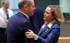 El Eurogrupo asume un acuerdo de mínimos para reforzar el euro