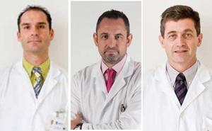 Tres médicos de Málaga, entre los 100 mejores facultativos de España, según la revista 'Forbes'