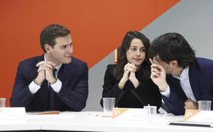 Rivera dará prioridad a negociar con el PP un Gobierno de «cambio» en Andalucía pero con Marín de presidente