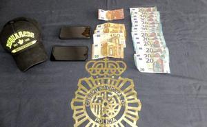 Dos detenidos por tres robos con fuerza en viviendas de Marbella
