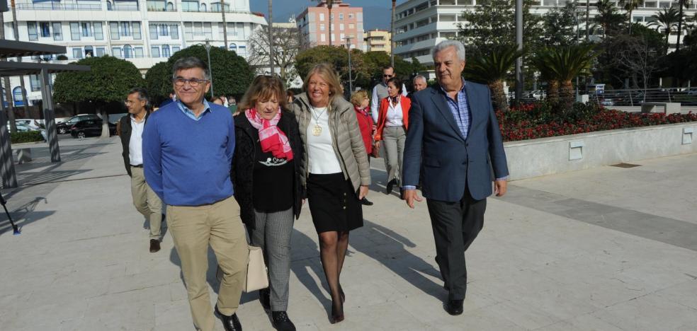 Los vecinos ya disfrutan de la recuperación integral llevada a cabo en Plaza del Mar
