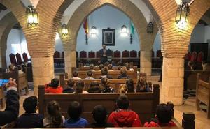 El alumnado del CEIP Miguel de Cervantes conocen la labor del Ayuntamiento