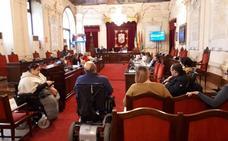 El equipo de gobierno en Málaga descarta por ahora llevar nuevas líneas de autobús al PTA