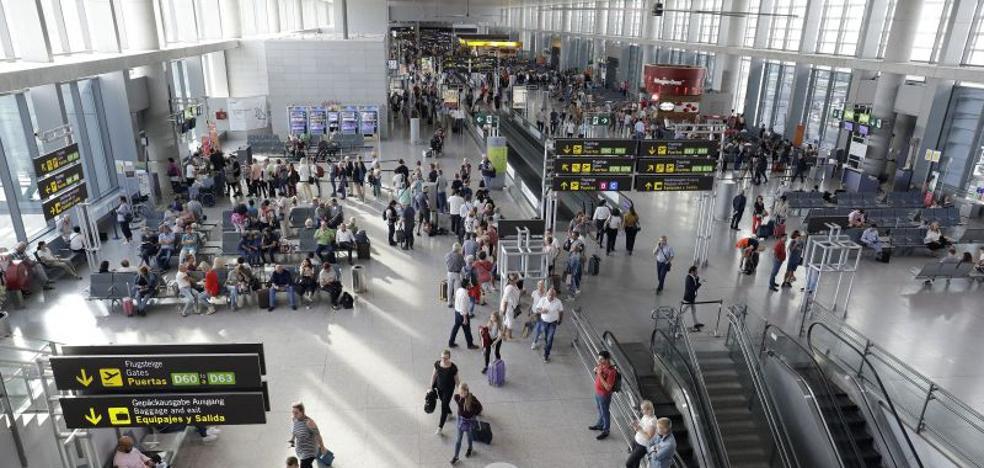 El aeropuerto de Málaga gana un 8% de pasajeros en noviembre