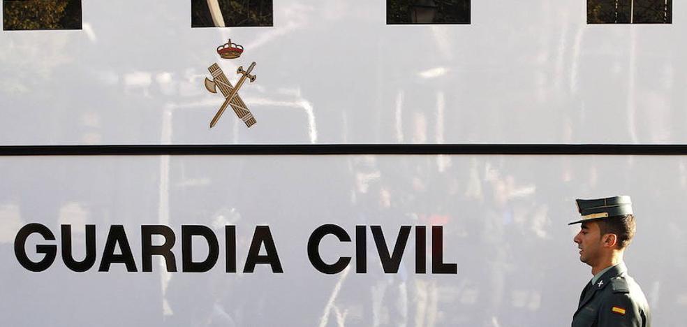 La Guardia Civil asesta uno de los mayores golpes al tráfico de armas en España