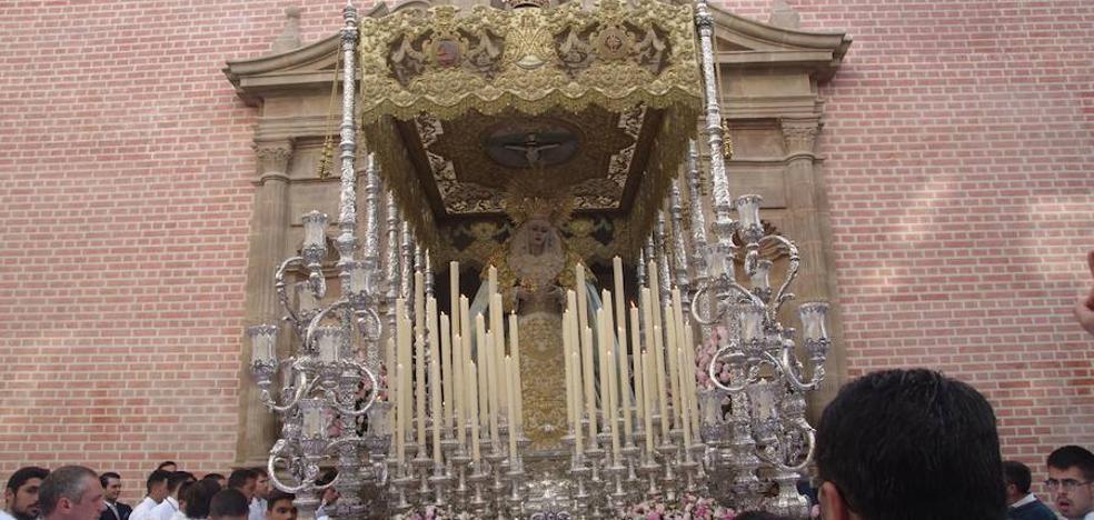 La Agrupación de Cofradías conmemora los 25 años de la bendición de la Virgen Reina de los Cielos