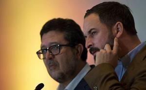 Vox quiere sumarse a las negociaciones de PP y Cs y tener sitio en la Mesa del Parlamento