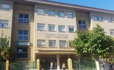 Polémica en Vélez-Málaga por el cambio de nombre a dos colegios en aplicación de la Ley de Memoria Histórica