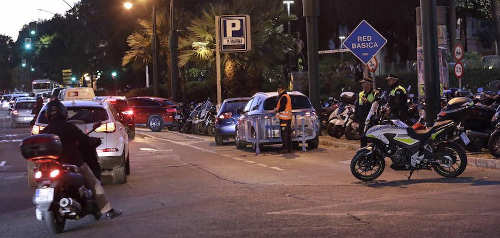 Los 'parkings' del Centro de Málaga se refuerzan para evitar que las colas bloqueen el entorno