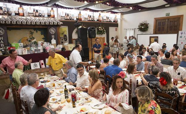 El Ayuntamiento de Málaga quiere cobrar una nueva tasa por el uso de las casetas del real