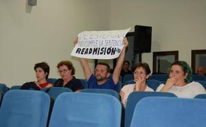 El PSOE dice que el Ayuntamiento pide ayudas para contratar auxiliares mientras paga a otros que no trabajan