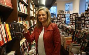 Inés Domenech: «El forense español no se parece en nada a los del 'CSI'»