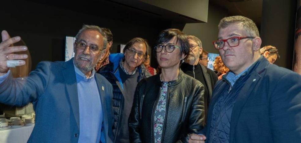 Chema Domínguez: «Queremos aumentar el flujo de visitantes desde la Cueva de Nerja al Museo»
