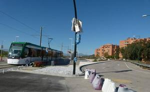La UMA instala los semáforos que permitirán conectar el campus de Teatinos y la ampliación