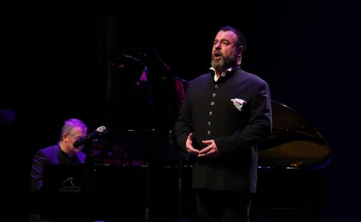 Concierto de Carlos Álvarez en el Auditorio Edgar Neville
