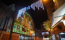 Cuatro mercados municipales de la capital lucen decoración y alumbrado especial por Navidad