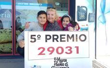 Pepa, la madre del lotero que repartió suerte en Rincón: «Le ha tocado a jubilados del pueblo y a mi familia»