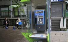 El Gobierno indulta a las cabinas telefónicas