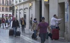 Málaga capital cerrará el año por primera vez con 2,6 millones de estancias y 1,36 millones de turistas