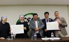 CSIF Málaga entrega 4.000 euros a la Asociación Contra el Cáncer y Hermanitas de los Pobres