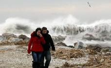 Aviso amarillo por fenómenos costeros en Málaga este domingo
