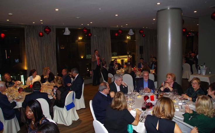 Cena benéfica de la Asociación para la Investigación Oncológica Malagueña (AIOM)