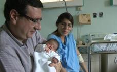 El primer bebé de 2019 nació en Zaragoza mientras sonaban las campanadas