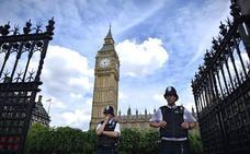 Londres rechaza jugar al «ajedrez diplomático» tras el arresto de un exmilitar en Rusia