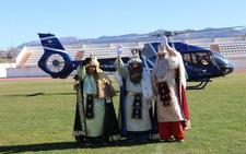 Melchor, Gaspar y Baltasar aterrizan en Ronda