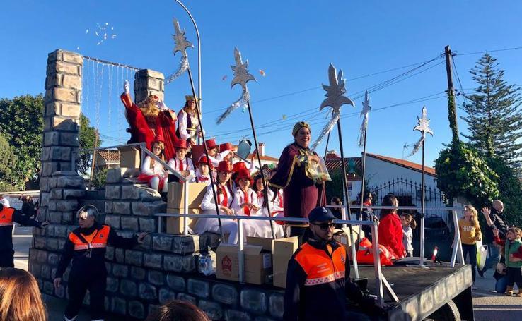 Los Reyes Magos visitan la Axarquía