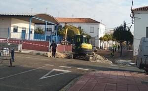 Padres se quejan de los problemas para llegar al colegio Gloria Fuertes de Estepona