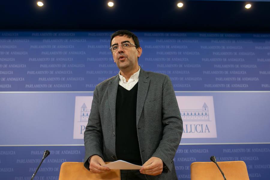 El PSOE-A insta a Adelante a apoyar ya a Díaz para «parar a la derecha»