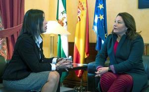 El PP niega pactos ocultos y presenta de forma oficial la candidatura de Moreno a presidir la Junta