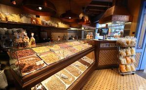 La empresa malagueña Patatas Paco José se renueva y abre su tercera tienda