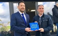 Sigfrido Fruit recibe la placa 'Sabor a Málaga'