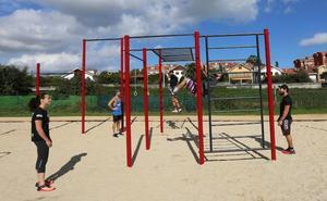 Málaga capital se une a la moda del 'workout' con dos gimnasios al aire libre