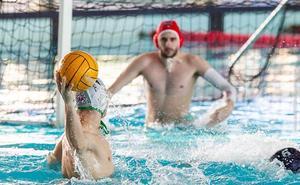 Convincente victoria del Waterpolo Málaga ante el Premiá (11-9)