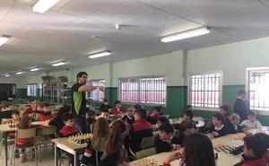Un total de 60 colegios de la provincia participan en la II Liga de Ajedrez Fundación Unicaja