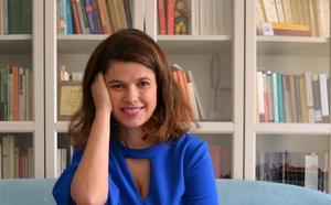 Lola Pons: «Hay que tomarse muy en serio que se siga escribiendo ciencia en español»