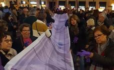 Manifestación feminista en Málaga 'Ni un paso atrás', en imágenes
