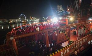 Rescatados 148 inmigrantes de cuatro pateras en el mar de Alborán