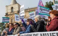 Miles de feministas empañan el discurso de investidura de Juan Manuel Moreno
