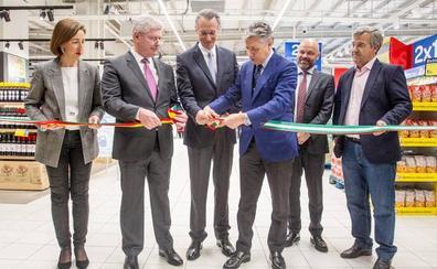 Carrefour abre sus puertas al Valle del Guadalhorce en la Trocha de Coín