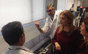 El laboratorio del hospital de Ronda incorpora una tecnología pionera en Andalucía