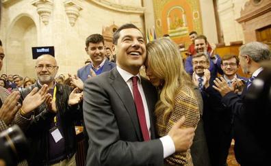 Juanma Moreno, elegido presidente con los votos del PP, Ciudadanos y Vox