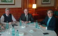 El sector pide al Gobierno abrir el debate sobre el nuevo modelo turístico andaluz